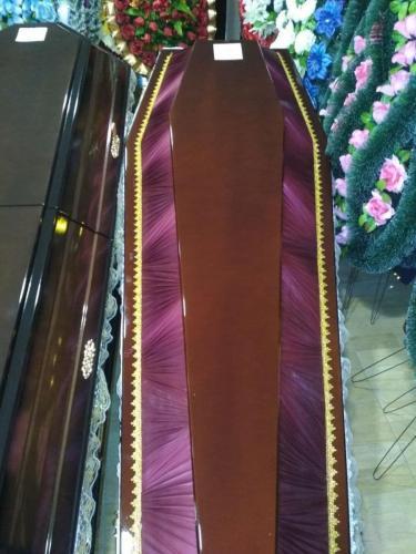 Купить комбинированный гробы: дерево и ткань